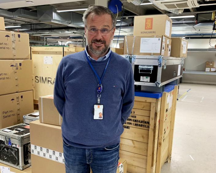 LANG ERFARING: - Etter 15 år i bransjen vet jeg en god del om hvilke transportører som er gode på hvilke markeder - og hvem som ikke er det, sier Jan Hilleren, manager i Forwarding Department i Subsea Divisjonen i Kongsberg Maritime Sensors & Robotics.