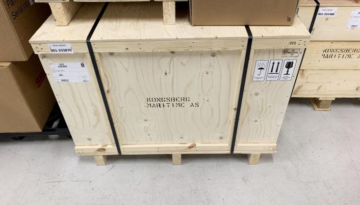 SIKKER TRANSPORT: Med mange dyre produkter vektlegger Kongsberg Maritime solid emballering,