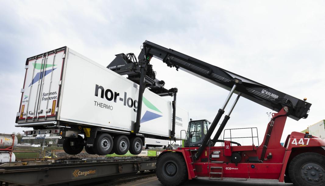 ØNSKET RUTEN: Nor-log Thermo er blant kundene som har ønsket en togløsning fra Narvik til Padborg. Her fra lasting av tog på Alnabru.