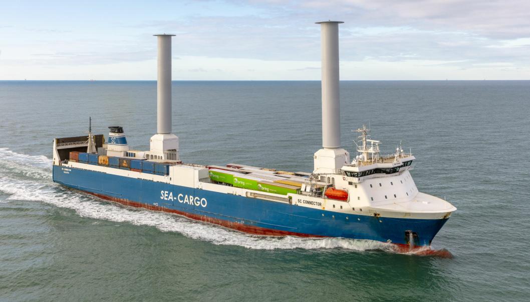 Sea-Cargos ombygde SC Connector utnytter magnuseffekten til fremdrift og spare energi og utslipp.