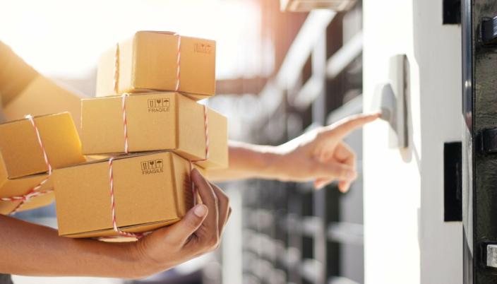 KONTROLL: Hjemlevering av pakker må skje når det passer kunden, hvis ikke velger kunden en annen butikk.