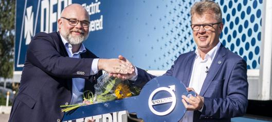 Kjøper 100 elektriske Volvoer